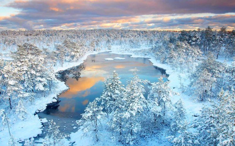 Очень красивый зимний пейзаж