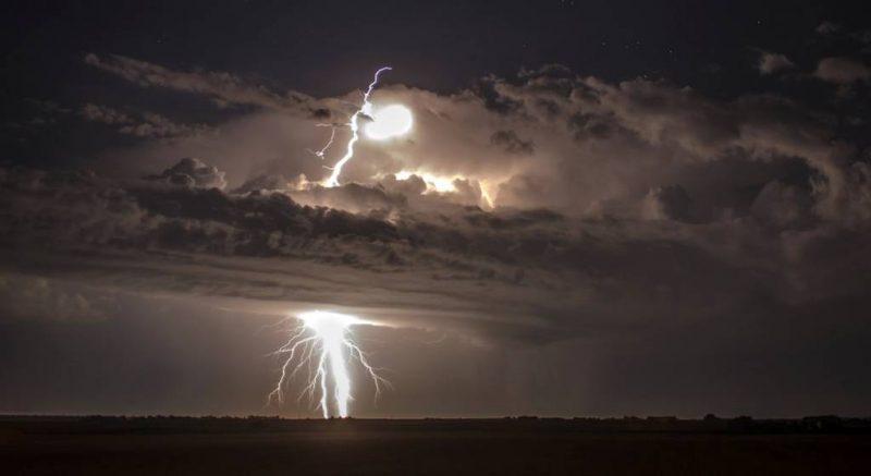 658205 24 880 85ce7314c2 1484645378 - Лучшие фото мира. Сборник лучших фото - Одна молния — это слишком мало