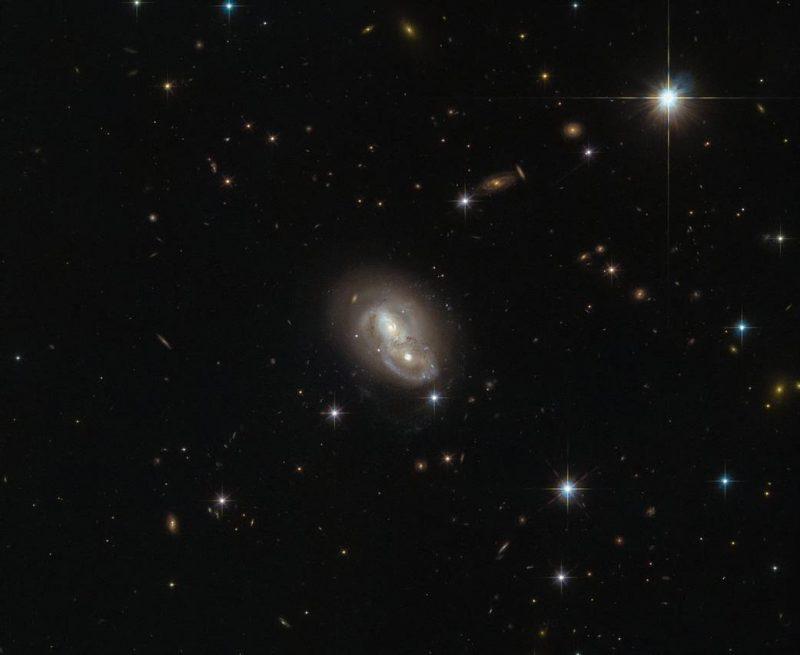 seaRywXSvSE - Лучшие фото мира. Сборник лучших фото - Галактика IRAS 06076-2139
