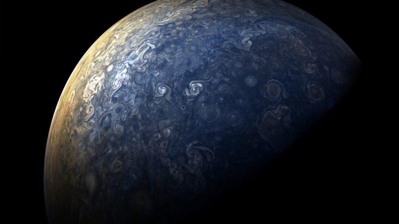 1510220357211118165 - Лучшие фотографии в мире - Великолепные снимки облаков Юпитера (11 фото)