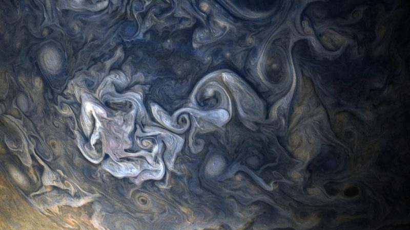 1510220363287250293 - Лучшие фотографии в мире - Великолепные снимки облаков Юпитера (11 фото)