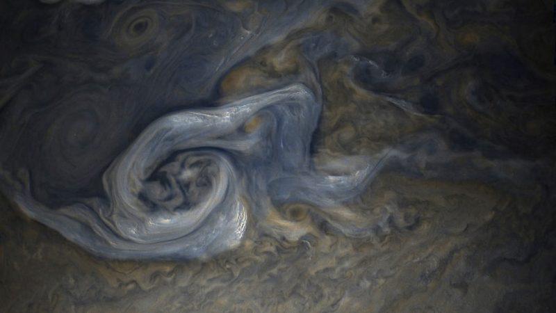 151022037927813884 - Лучшие фотографии в мире - Великолепные снимки облаков Юпитера (11 фото)